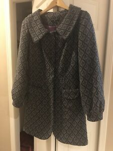 Jacket for woman size 4