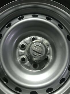 Navara d40 steel wheels and tyres