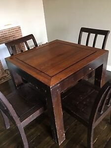 solid wood dining table with 4chairs North Willoughby Willoughby Area Preview