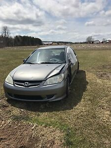2005 Honda Civic parts car