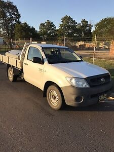2010 Hilux work mate Muswellbrook Muswellbrook Area Preview