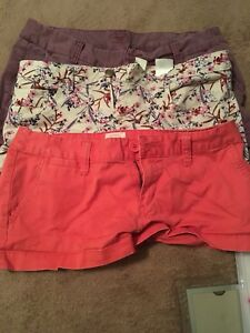 Women's clothing size small/7