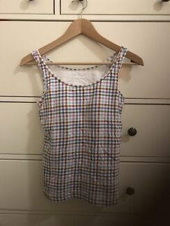 2 pieces of Uniqlo bra top singlet size M ( size S in Australia)