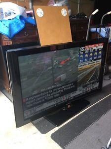 """SAMSUNG 50"""" FLATSCREEN TV ONLY $290!!"""