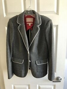Banana Republic size 8 wool blazer