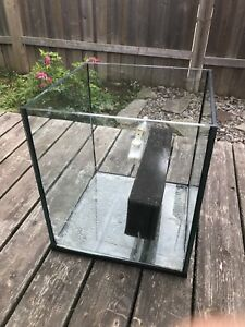 Aquarium sump. Glass 17 gallon custom made
