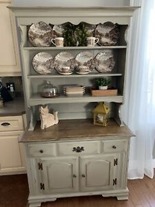China Cabinet / Hutch @@@SOLD PPU@@@