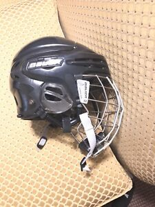 Bauer 9900 helmet senior medium with 9900 cage