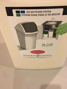 28L garbage can with lid