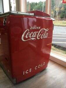 Working coke chest fridge.