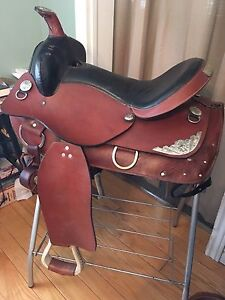 "16"" Long Horn Concho Pleasure or Trail Saddle"