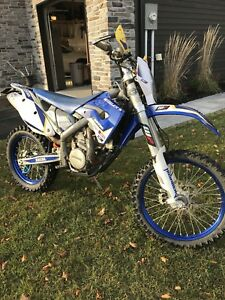 2009 Husaberg FE450 Blue plated