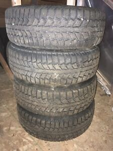 Uniroyal tiger paw tires and rims. 195 65 R15