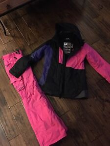 Women's 686 ski suit (jacket and pants) like new - MUST SELL