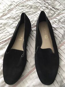 Autograph size 9 black slip on shoes Narromine Narromine Area Preview