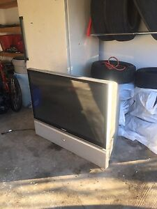 "52 "" Samsung projection screen TV"