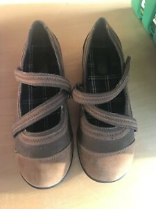 Women's Size 9 Shoes