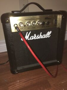 Marshall small 40watts ampli