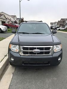 PRICED TO SELL!!2009 Ford Escape 4wd COMES INSPECTED!!
