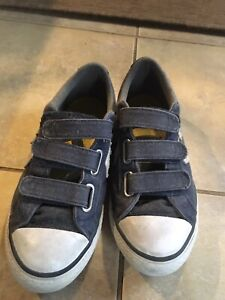 Boys Converse Runners with Velcro