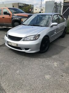 Honda Civic2004 139000 2nd owner all electric non smoker