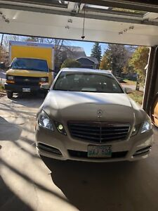 Mercedes E300 (price reduced)