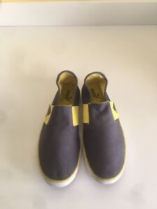 Puma slip on size 8.5 shoes
