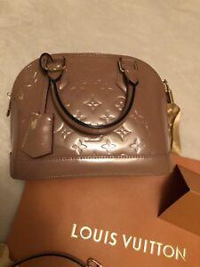 0e40a8186e97 Authentic Louis Vuitton Alma bb