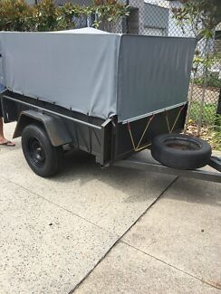 Caged trailer for hire $20
