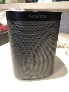 Sonos Play 1 Wireless Speakers black and white