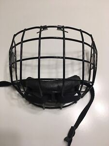 Hockey helmet face guard - never used Size SM-15