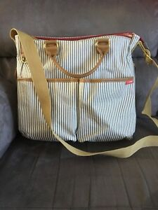 Sac à couches comme neuf!!