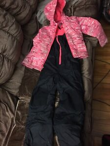 Girls Columbia snowsuit. $30 extra small