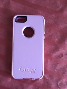 Pink OtterBox iPhone 5/5S/SE