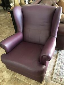 Premium leather couch/chair/love seat