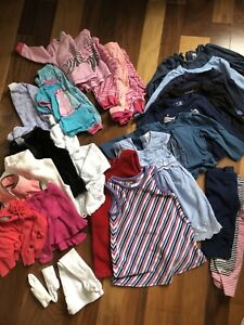 Baby Girl clothing - 6-12 months - Lot (35 items)