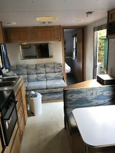 NEED GONE- 1998 28 ft Westwind travel trailer