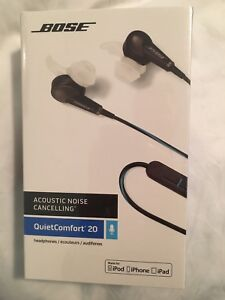 Bose noise cancelling head phones - Apple - QC 20