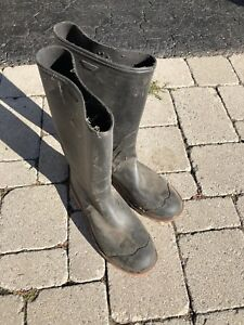 Rubber boots size 7