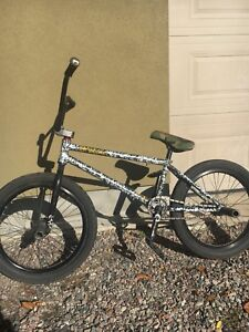 Custom Volume Vessel BMX w/ freecoaster