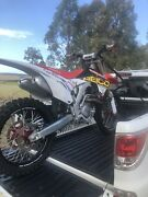 Crf 450r 2016 (less than 2 hours) Old Bar Greater Taree Area Preview