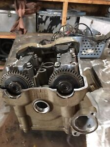 King Quad 700 cylinder head with cams