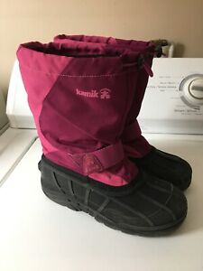 Girls Kamik Winter Boots size 4 and 5