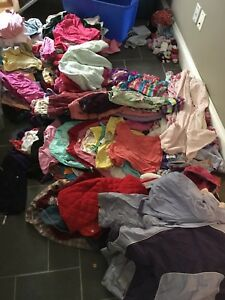Huge lot of 24m/2/2T girl clothing - still available!