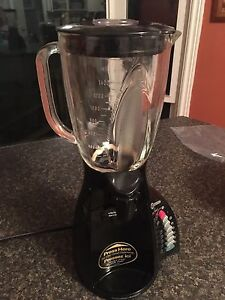 Hamilton beach 12 speed blender with pouring spout.