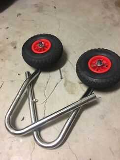 Inflatable boat/kayak wheels