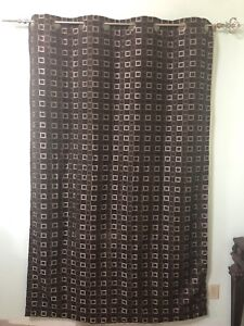 2 Curtains with rods