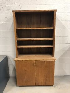 Cabinet with shelf (they separate) REDUCED