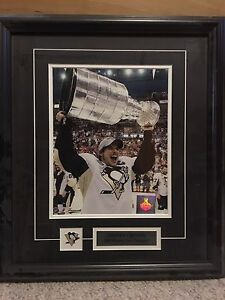 Sidney Crosby framed pictures