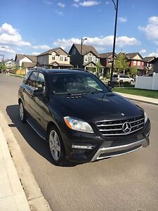 2012 Mercedes-Benz ML350 4MATIC - Like New, Blk on Blk